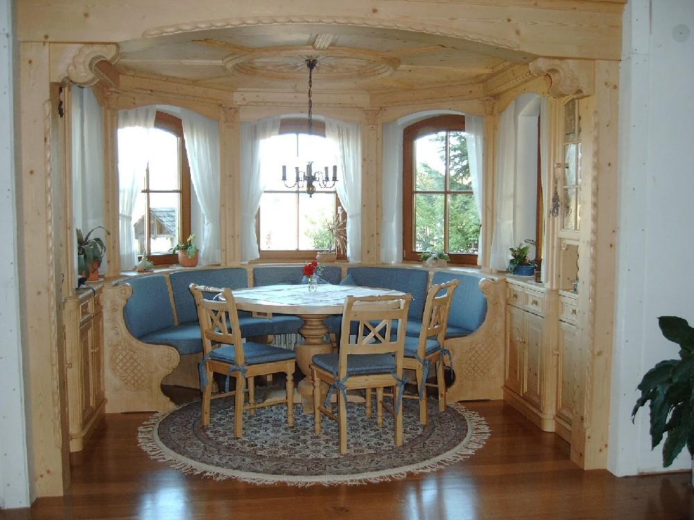 Schreinerei herrmann emmendingen esszimmer erker - Finestra ovale e finestra rotonda ...